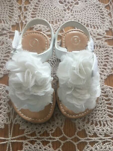 White sandals toddler size 5