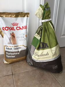 Royal Canin Yorkshire Terrier - Acana Duck Canard 28.6lb
