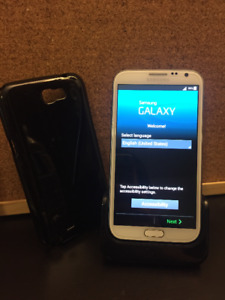 Unlocked SAMSUNG NOTE 2, w/ external charger + 1 Xtra Battery