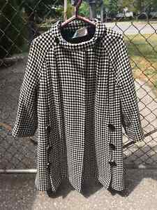 .actual 1960s Houndtooth Coat with button detail Windsor Region Ontario image 2