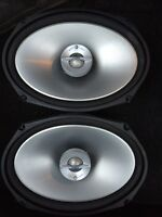 2 Infinity Reference Series Speakers