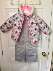 Brand New with Tags - Size 24 Months Osh Kosh Snowsuit