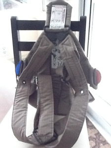 Baby Bjorn Carrier..brand new condition..1 yr old..