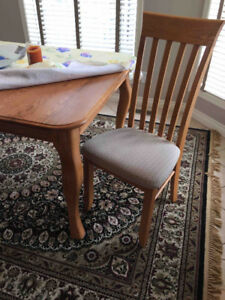 Solid Oak Canadel Dining Room Table & Chairs