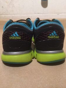 Women's Adidas ClimaCool Running Shoes Size 7 London Ontario image 5