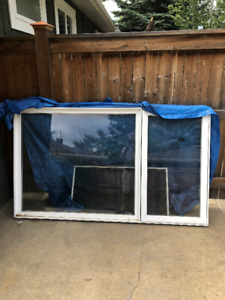 88 X 52 PVC double glazed window with cantilevered side