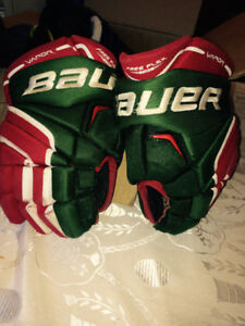 Bauer Gloves - North Toronto Colours  12 inch