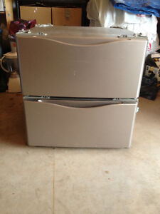 Kenmore washer and dryer drawers