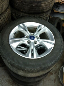 215 55 16 Michelin Premier onOEM Ford Focus alloys 5x108 / TPMS