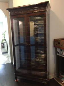 DESIGNER HOME MAPLE CURIO CABINET