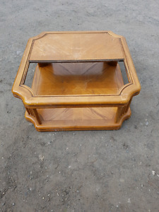 Large oak coffee table needs a piece of glass cut might be $10