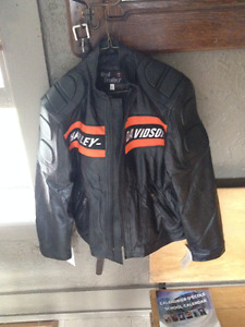 **BRAND NEW**  100% Authentic  Leather Mens Harley Riding Jacket