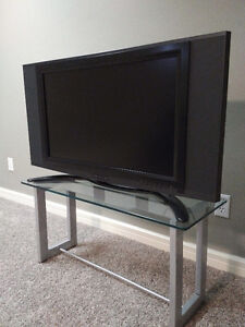 Syntax Olevia LT32HV 32-inch 720P LCD TV