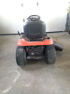 2yr old husqvarna riding mower Kawartha Lakes Peterborough Area image 3