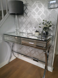 Aurelia Mirrored & Chrome Dressing Console