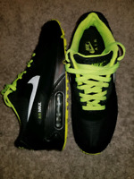 Nike air max 90 essential men shoes... only for $120
