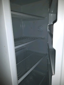 Kenmore Frost Free upright freezer. 18 cubic feet.