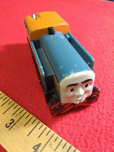 2010 Mattel Thomas the Tank Engine Trackmaster DEN Train Engine