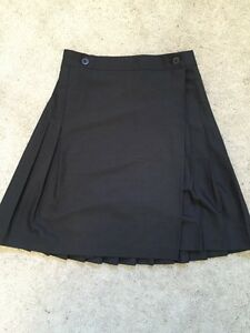American Apparel Pleated Skirt/Kilt Size Medium