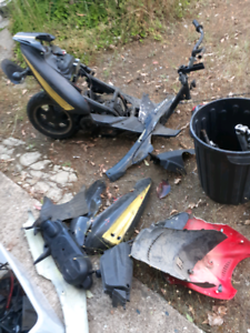 2 x 50cc scooters in parts