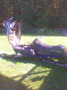 1998 grand touring 500 for parts or fix sled is in bracebridge