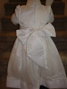 Special Occassion Dress/Lined Flower Girl Dress NEW sz3 Peterborough Peterborough Area image 3