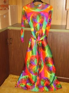 1960'S 1970'S WOMAN'S VINTAGE CLOTHING