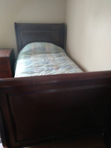 Single sleigh bed & box spring and mattress