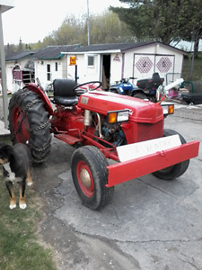 Tracteur ford 1952