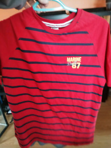 NWT Mens Size Small Shirt (Giant Tiger)