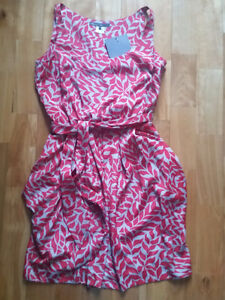 Brand new Pippa red & gray print pleated tulip dress - Size 6