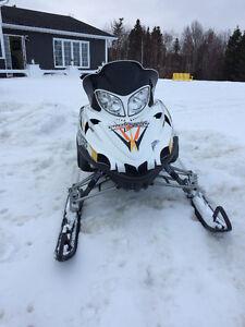 Arctic Cat 800 Crossfire Snow Pro
