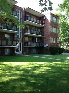2 Bedroom Apartment Close to Lake (Guelph Line & Lakeshore Rd.)