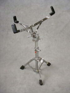 Vintage Pearl Snare Stand Wanted