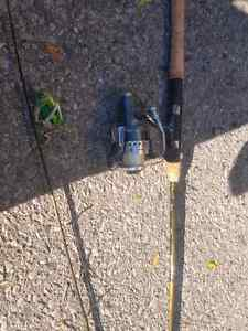 Fishing rod and reals !!! London Ontario image 2