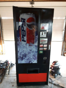 coke /Pepsi vending machine
