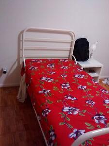 Twin Bed , Mattress , Lamp Kitchener / Waterloo Kitchener Area image 3