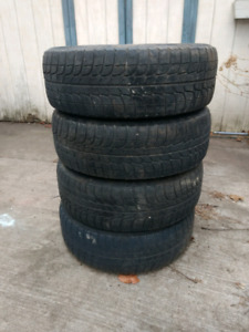 Winter tires / snow tires with rims 205/65/R15