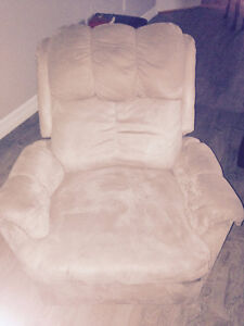 2 Recliners & matching Loveseat St. John's Newfoundland image 1