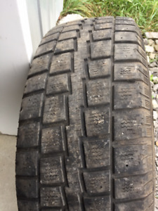 1x Hiver 245/70R17 Cooper Discoverer M/S