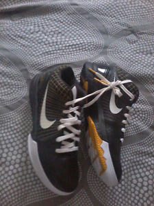 Nike air Kobe 4's size 11   2 pairs different colours $140 OBO