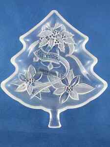 "Christmas Tree Server Clear Glass 7-1/2"" Never Used"