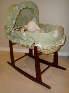 Moses Bassinet with stand