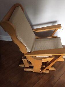 Chaise pour enfant berçante