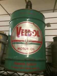 Large veedol oil can 15 g