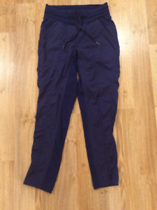 **Lululemon Blue Studio to Street Pant unlined