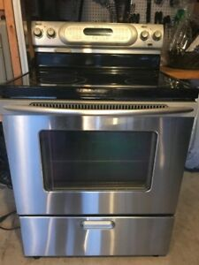 "KitchenAid 30"" Electric Convection Range, Stainless Steel"