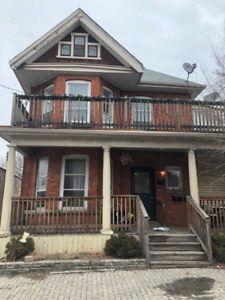 Newly Renovated 2 Bedroom, 1 Bath Unit For Rent