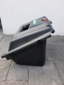 Quadcast lawnmower box