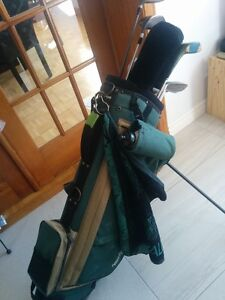 Golf Self Supporting Bag with 14 clubs - right hand